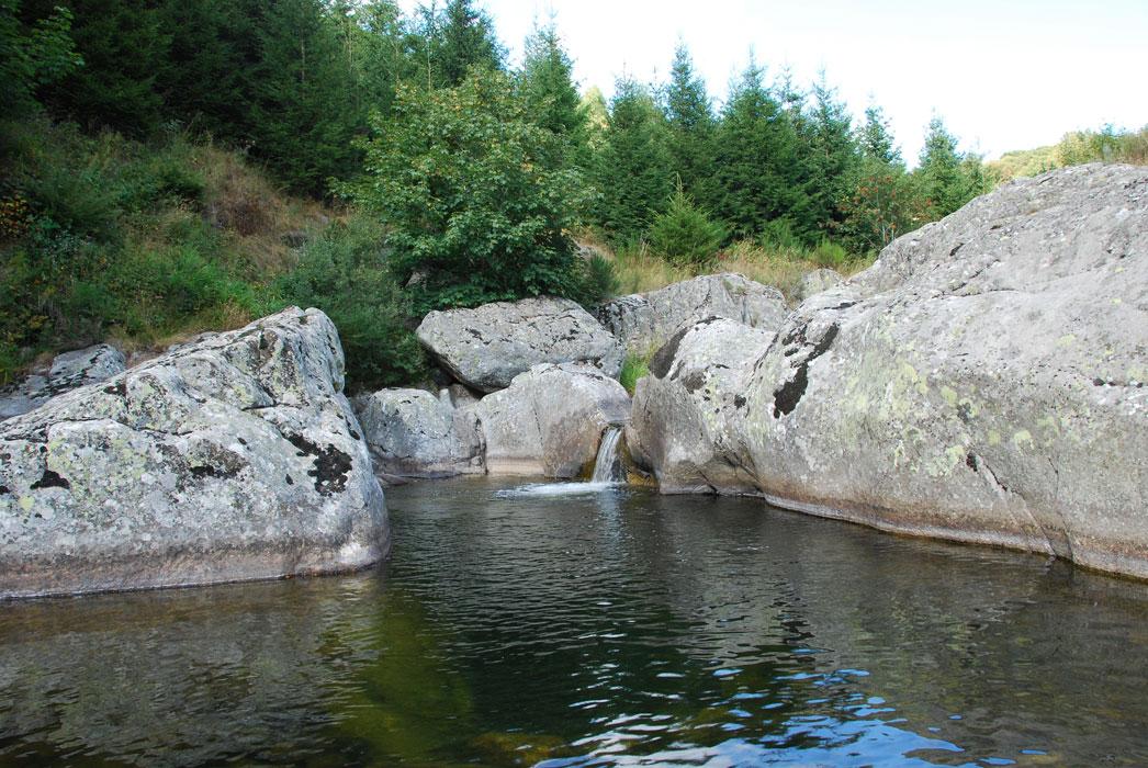 Rivière Le Tauron